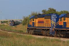 Help is coming (GLC 392) Tags: texas worth western emd sd402 fwwr 2016 2017 sd40r 2006 2001 2011 gp383 gp50 tx evening sun yard job train railroad raiwlay fort