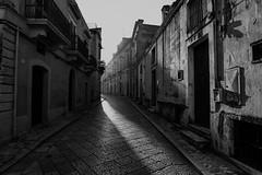 Matera - Luce (Enricodot ) Tags: enricodot matera ilobsterit street streetphotographer blackandwhite bw bn bianconero