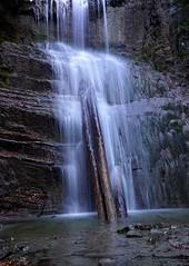 Cascada en el barranco del Bao (jaecheve) Tags: cascada agua water waterfall huesca aragon espaa spain buesa