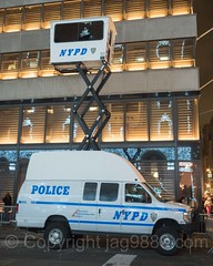 NYPD SkyWatch Manned Mobile Observation Tower, Trump Tower Fifth Avenue, New York City (jag9889) Tags: 20161201 jag9889 night skywatch donaldtrump 725fifthavenue nypd trumptower popup fifthavenue outdoor 2016 surveillance observationtower car 5thavenue auto automobile finest firstresponder lawenforcement manned mobile newyorkcitypolicedepartment policedepartment popupbooth tower transportation vehicle newyork unitedstates us