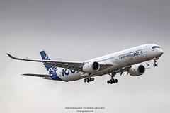 IMG_4430 (Simon Gratien -- WWW.SGRATIEN.COM New Web site) Tags: airbus a3501000 xwb a350 aircraft airplane wwwsgratiencom simongratien canon eos7d ef100400lis