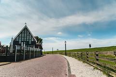 Two steps ahead... (b_represent) Tags: hindeloopen holland niederlande netherlands friesland ijsselmeer deich clo sky