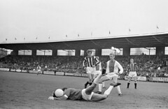 Ajax - Velox (1967 - 1968) (poedievanlaar) Tags: velox ajax fc utrecht stadion stadium de meer amsterdam knvb beker gert bals sjaak swart tonnie ton pronk velibor vasovi theo van duivenbode henk groot ben bennie muller johan cruijff cruyff inge danielsson klaas nuninga piet keizer 1967 1968 doelpunten goals voetbal football toeschouwers middenweg watergraafsmeer betondorp ledden karel sulzle joop optekamp kees cees sluyk sluijk den berg marco cabo maurik vries arie bransen co dirven gerard lijffijt alflen crowd people