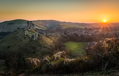 Corfe Castle Sunrise (derekgordon1) Tags: nikon d7100 sigma1750 corfecastle dorset sunrise