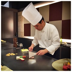 Teppanyaki (ohmygodpinocchioisdead (Carlo Malagnino)) Tags: travel people food japan beef chef teppanyaki nara hida reastaurant