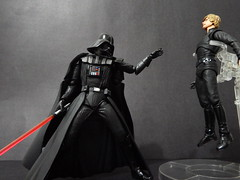 Darth Vader vs Luke Skywalker (Matheus RFM) Tags: star starwars luke darth wars vader darthvader lukeskywalker skywalker kaiyodo revoltech shfiguarts