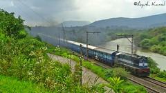 Mumbai (CST) - Hyderabad Express (AyushKamal2014) Tags: kamshet kynwdg3a mumbaicsthyderabadexpress 14567r