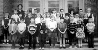 1964 to 1965 Meeker Elementary School Mrs Skrdlant 3rd grade class photo Ames Iowa future Ames High School class of 1974 IMG_4550 #AmesHighClassof1974