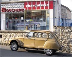 BOUCHERIE charcuterie (andre2cv87) Tags: 6 france 1969 magasin commerce 4 citroen boutique 1970 vienne 87 dyane vieux haute vieille enseigne limousin paille brulee charcuterie boucherie devanture chalus