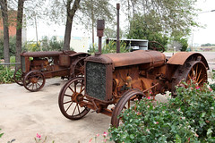 Allis-Chalmers twice (twm1340) Tags: tractor vintage antique chillicothe tx texas hardeman county north central farm farming town small united