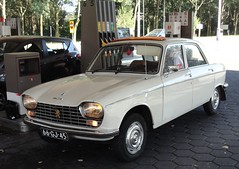 Peugeot 204 25-7-1975 66-GJ-45 (Fuego 81) Tags: peugeot 204 1975 66gj45 cwodlp onk sidecode3