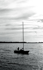Late Afternoon Return (Bill Smith1) Tags: believeinfilm berggerbrf400 billsmithsphotography d7611 harbourfront heyfsc nikkoraislenses nikonfm2n october2016 toronto filmshooterscollective