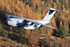 A400M 'Atlas' along Thirlmere, 23/11/16 (TheSpur8) Tags: a400m heavy aircraft date uk landlocked lakedistrict lowlevel military skarbinski roughcrag 2016 anationality places transport