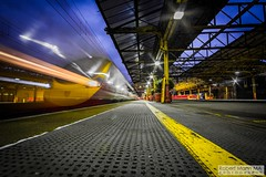 CreweRailStation2016.10.22-21 (Robert Mann MA Photography) Tags: crewerailstation crewestation crewe cheshire station trainstation trainstations train trains railway railways railwaystation railwaystations railstations railstation virgintrains virgintrainspendolino class390 class390pendolino pendolino northern northernrail class323 eastmidlandstrains class153 class350 desiro class350desiro arrivatrainswales class158 towns town towncentre crewetowncentre architecture nightscapes nightscape 2016 autumn saturday 22ndoctober2016 londonmidland