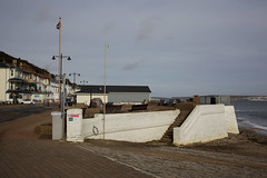 Remains of Shanklin Pier (Carneddau) Tags: esplanade isleofwightcoastpath sandowntoventnor shanklin shanklinpierstub england unitedkingdom