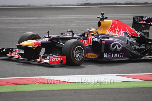 Oliver Rowland drives the Red Bull F1 car around Silverstone during the WSR 2015 weekend