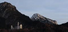 Neuschwanstein (Klaus R. aus O.) Tags: bayern deutschland neuschwanstein schloss wald burg bege knig   ludwigii romantische strase   mrchenknig    2