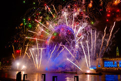 Rockets (Paul Parkinson LRPS (parkylondon)) Tags: england london thames europe december fireworks unitedkingdom londoneye newyear 2015 greaterlondon