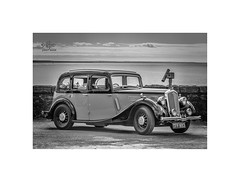 Seaview (silver/halide) Tags: vintage vintagevehicle motoring classic classiccar dadsarmy wolseley wolseley18hp mono monochrome historic penzance cornwall penzancepromenade d750 johnbaker yesteryear homeguard saloon mountsbay