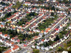 Suburbia (oobwoodman) Tags: germany deutschland allemagne frankfurt gvafra house huser maisons suburb suburbia rooftops dcher toits rsselsheim