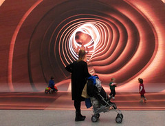 The tunnel (Alain Rempfer) Tags: streetphotography candidphotography candidportrait candidsnapshot emotion publicspace espacepublic scenedevie urban portraiture viequotidienne dailylife photographienonposée unposedphotography canon canonixus160 enfants children jeu play ngc