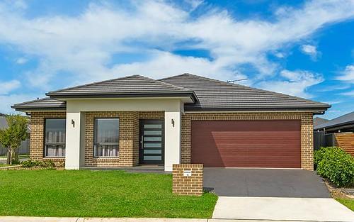 18 Lewis St, Spring Farm NSW 2570