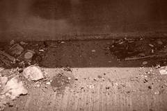 Brooklyn Queens Expressway (BQE) (MartMart1413) Tags: trash sepia shadow concrete focus dirt  sujeira salet  bton poubelle  enfoque schatten lixo miseaupoint messaafuoco  concreto suciedad   cestino hormign  sporco    spia papierkorb   calcestruzzo  fokus beton  basura  seppia     foco ombra schmutz sombra  ombre