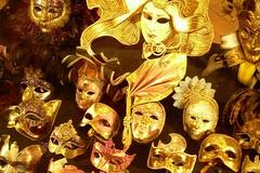 Masks in Venice (mademoisellelapiquante) Tags: venice italy venezia masks mask gold europe venetianmask