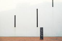 無標題 (David C W Wang) Tags: wall taiwan kaohsiung 台灣 高雄 pier2 戶外 simplestyle 駁二特區 牆面 簡約主義 大義倉庫 sonya7ii sel90m28g