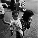 Nam Việt Nam 1968 - Photo by Philip Jones Griffiths thumbnail