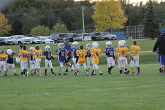 1469 (bubbaonthenet) Tags: 09292016 game stma community 4th grade youth football team 2 5 education tackle 4 blue vs 3 gold