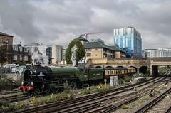 60163 - Battersea Loop - 22.10.2016 (Tom Watson 70013) Tags: classa1 60163 tornado steam train engine railway 1y82 london victoria 5y82 battersea park loop belmond british pullman lner railways