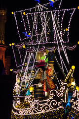 IMG_0883 (kattwyllie) Tags: tokyodisney tokyodisneyland dreamlights tokyodisneyelectricalparade electricalparade disneyselectricalparade churro tokyodisneyresort tangled aladdin petesdragon disneyperformer facecharacter disneyprincess