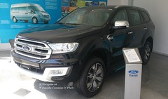 Ford Everest II China 2016-04-19 (NavDam84) Tags: ford everest fordeverest suv jianglingfordvehicles carsinshanghai carsinchina dealership vehiclesinshanghai vehiclesinchina