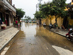 Overflow (Xnalanx) Tags: asia environment flood hoian manmade places plants river road trees vietnam water