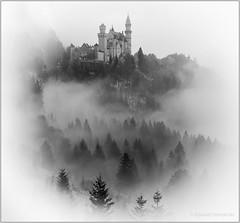 Misty Neuschwanstein (Ryszard Domaski) Tags: bavaria bayern neuschwanstein