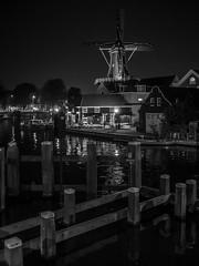 Haarlem, Windmill De Adriaan (John Valk) Tags: haarlem windmill molen adriaan