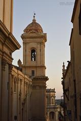 Il campanile (Andrea Rapisarda) Tags: architecture nikon noto campanile sicily architettura sicilia barocco goldenhour allrightsreserved nikon28300mm