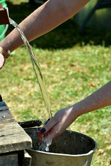 1860s Festival (Adventurer Dustin Holmes) Tags: water 2015 washingvegetables 1860slifestylesfestival 1860slifestylefestival 1860sfestival