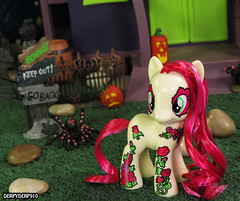 PonyMania Blossom Collection 06 (DerpyDerp910) Tags: halloween sunshine night toy petals lily princess little lotus pony valley figure nightmare mania hasbro mlp mylittlepony helia blowwom my cadance brony roseluck derpyderp910 ponymania