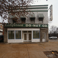 California Do-Nut Co. (pasa47) Tags: saintlouis unitedstates missouri