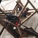 Merakit rangka atap bambu