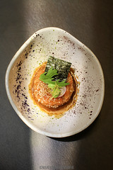 Momiji cocina japonesa (salmon tartar) (MaxiKohan) Tags: food cooking valencia cuisine japanese restaurant comida momiji japanesecuisine mercadodecolón cocinajaponesa maxikohanphotography