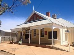 Menindee Post Office (Kaptain Kobold) Tags: building architecture colonial postoffice australia nsw pillars menindee kaptainkobold