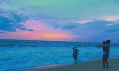 Arabian sea (Rajavelu1) Tags: sunset bluesky sky colourfullsky colours arabiansea aroundtheworld art artland creative water beach beautyofnature nature mothernature enjoyment travel toor mararibeach allapuzha kerala india seascape