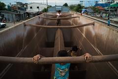#16 (Sakulchai Sikitikul) Tags: street snap streetphotography voigtlander 28mm thailand hatyai children a7s songkhla sony