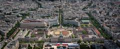 paris (Patryk Krzyzak) Tags: eiffel wieza tour france francja summer lato zabytki widok wiev monument monuments eiffla