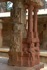 Fluted pillars (VinayakH) Tags: bhoganandeeshwaratemple karnataka india temple nandihills chikkaballapura chola ganga hoysala tipusultan religious historic