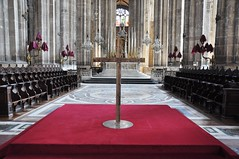 Vendredi saint (glise Saint-Eustache) Tags: vendredisaint paris glise sainteustache quartierdeshalles triduumpascal