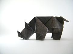 Rhinoceros - Kyu-seok Oh (aka Jassu) (Rui.Roda) Tags: origami papiroflexia papierfalten rinoceronte rhino rhinoceros kyuseok oh jassu